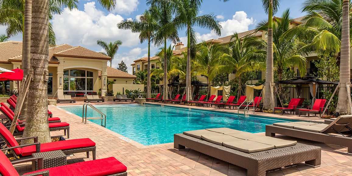 BellPembrokePines_Pool